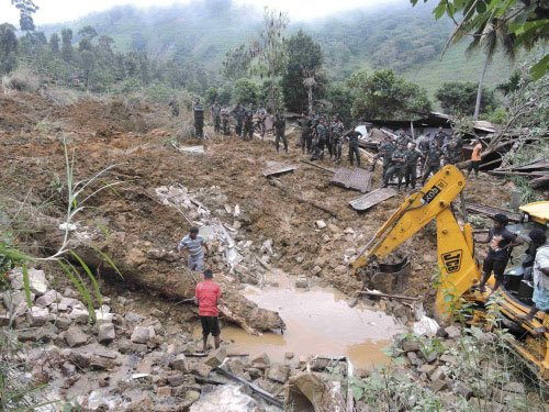 14 killed, 300 missing in Sri Lanka landslide