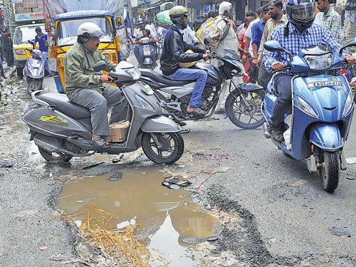 Repair roads in a month, officials told