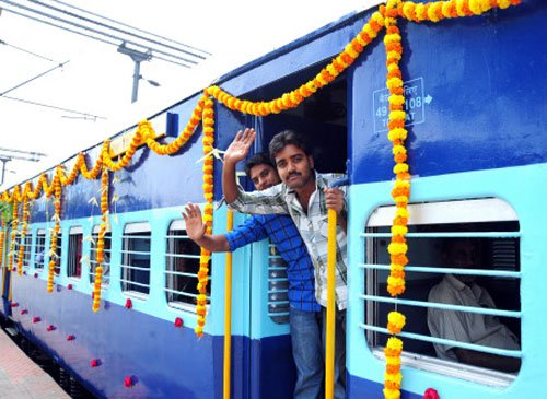 Rly cancels 30 trains in north India