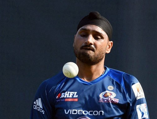 Some players supplied wrong info to Chappell: Bhajji