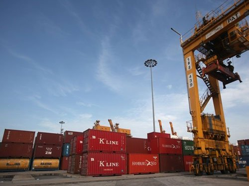 Terror alert for Kolkata, its port; two Navy ships withdrawn