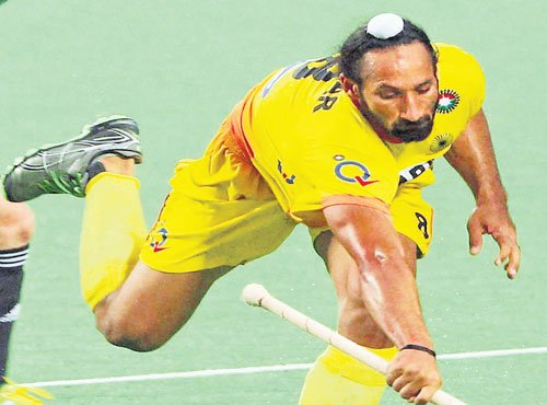 India lose 0-4 to Australia in first hockey Test