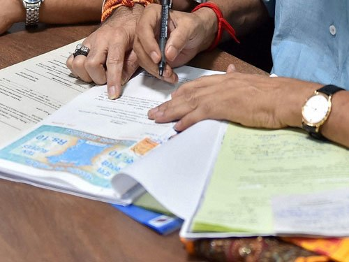 J&K Cong candidate says daughter's marriage is liability in poll affidavit