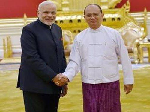 PM Modi meets Myanmar President Thein Sein