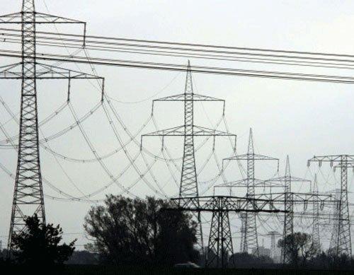 Power hike in Delhi rolled back