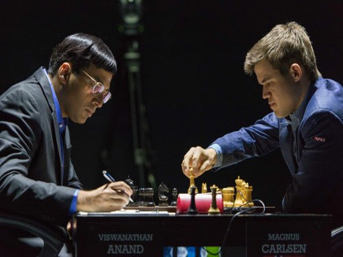 Anand misses opportunity, draws fifth game with Carlsen