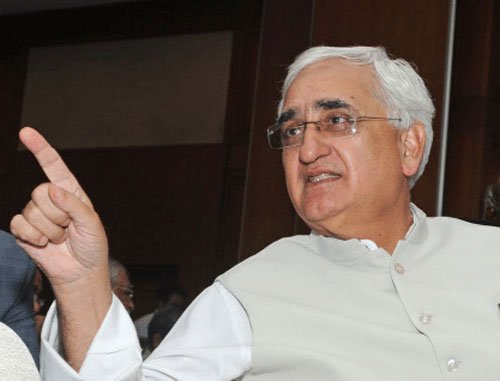 Too early to review govt's feat, says Khurshid