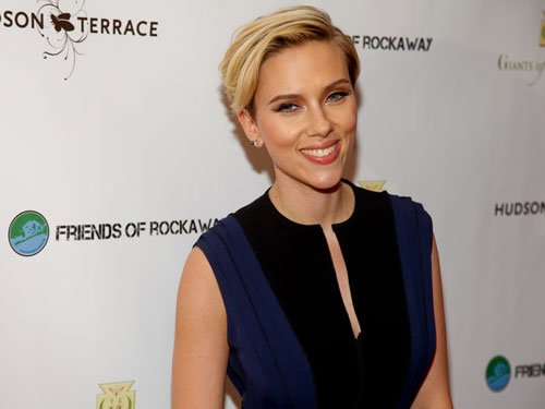 Scarlett Johansson would like to visit India