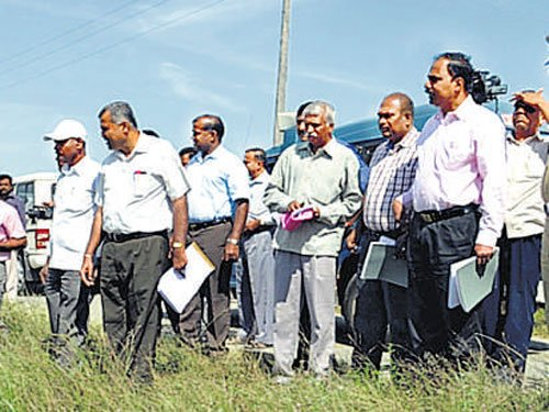 Central team assesses drought in Arsikere
