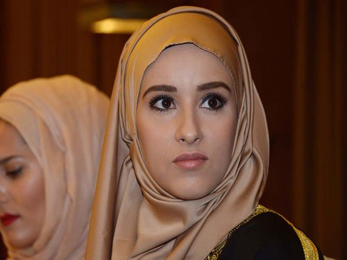 Tunisian wins Muslim beauty pageant, calls for free Palestine