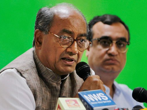 Nobody stopping non-Gandhis from leading Cong: Digvijay
