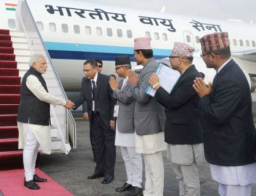 Modi calls for speedy drafting of Nepal's Constitution