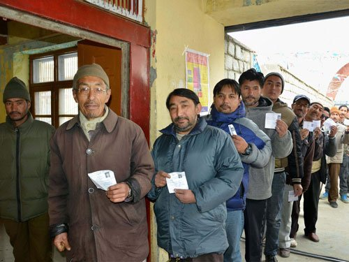 71 pc turnout in J&K as voters defy boycott call