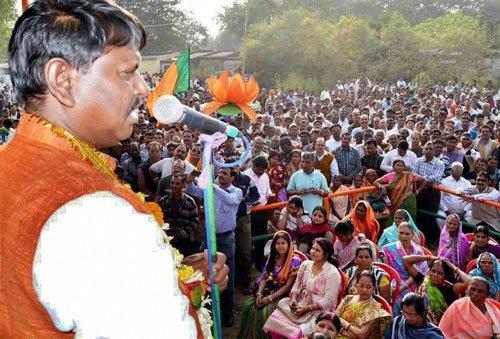 Three-time CM Munda's hopes hang in balance