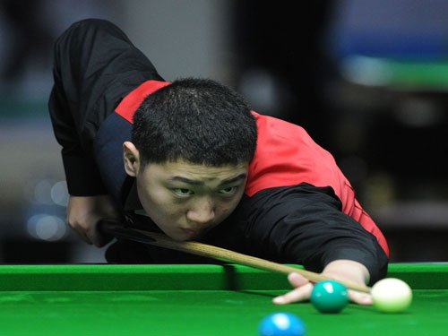14-year-old Chinese boy sends Advani packing at World Snooker