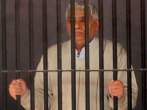 Rampal's arrest cost  Rs 27 crore, HC told