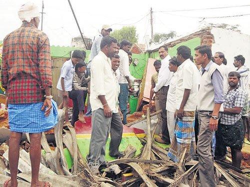 6 kids, midday meal worker injured in cooker blast
