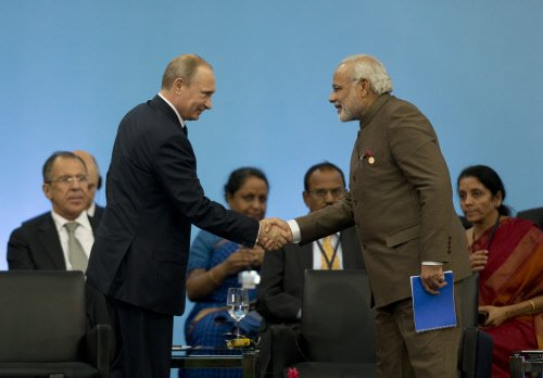 India, Russia to collaborate on civilian aircraft