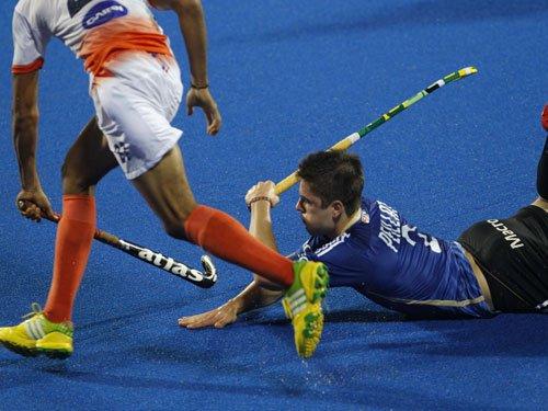 India slump to second straight defeat, lose 2-4 to Argentina