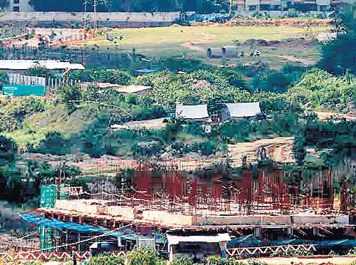 Stay on work at Bellandur-Agara lake fails to deter realtors