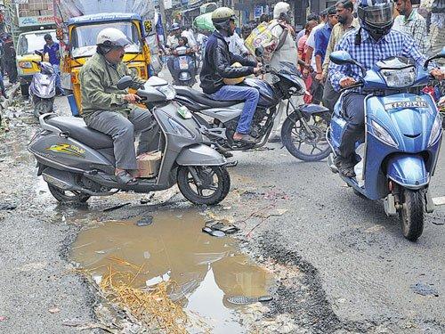 It's official: 90 pc of roads in B'luru substandard