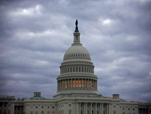 US Congress narrowly averts government shutdown