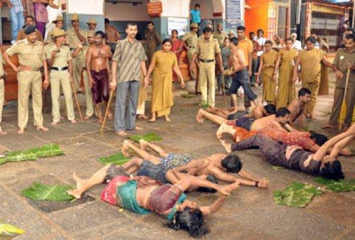 SC stays 'Made Snana' ritual