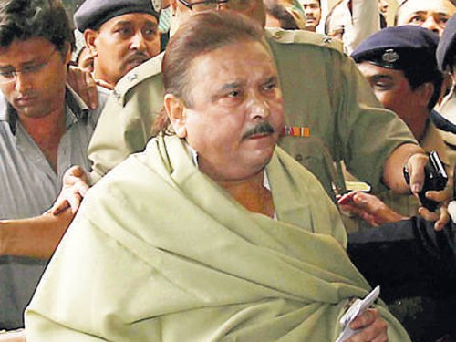 Bengal minister arrested in Saradha scam
