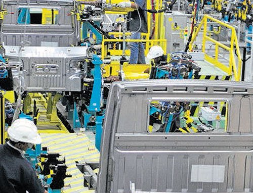 Manufacturing sector on revival path
