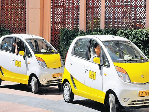 Stop bookings until you register, TaxiForSure told