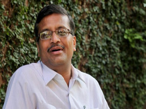 Pages of file pertaining to Vadra-DLF deal missing: Khemka