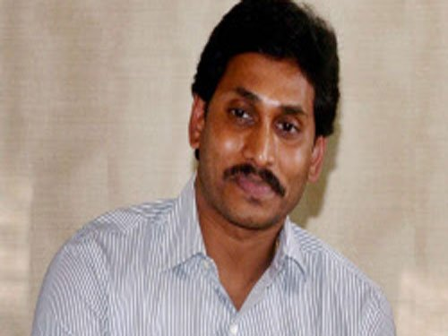 Accused in quid-pro-quo cases against Jagan appear in court