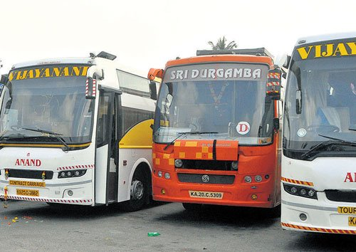 After autorickshaws, 50 private buses  seized for violations