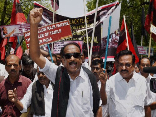 Vaiko slams Centre opting for ordinance route on Insurance