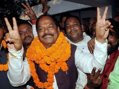 Raghubar Das to become Jharkhand CM Sunday