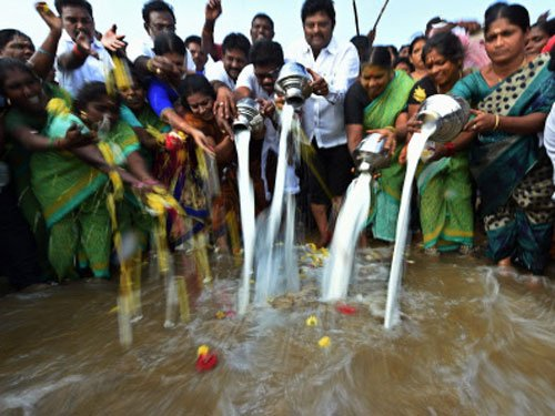10th anniversary of Tsunami disaster observed across TN