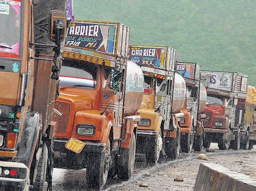 States want FM to give more funds to social, infra sectors