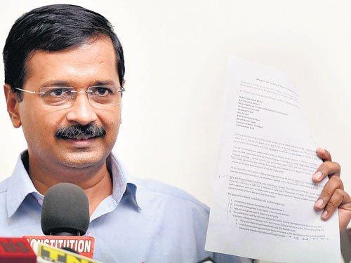 Stone hurled at Kejriwal at public meeting