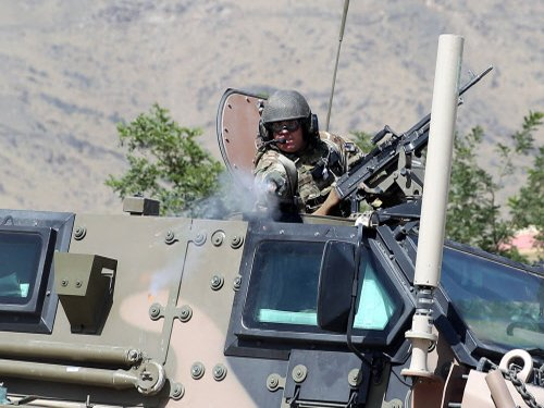 NATO ends its 13-year Afghan war, but insurgency boils