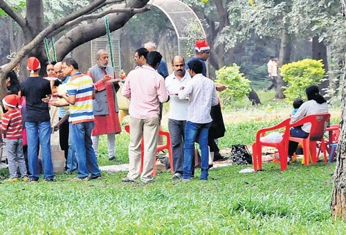 'Illegal' birthday party at Cubbon Park