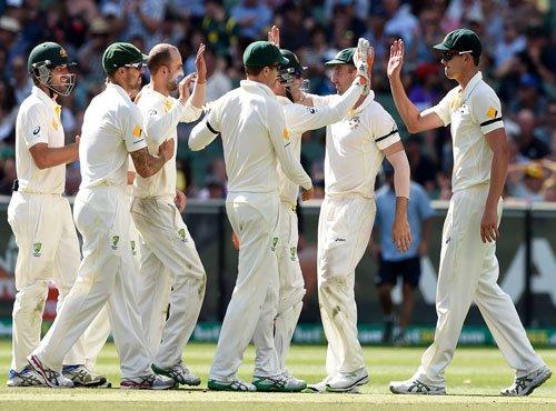 Australia 174/4, extend lead to 239 runs