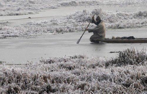 Mercury dips in Valley;lowest in Kargil, Srinagar at -4.8deg C