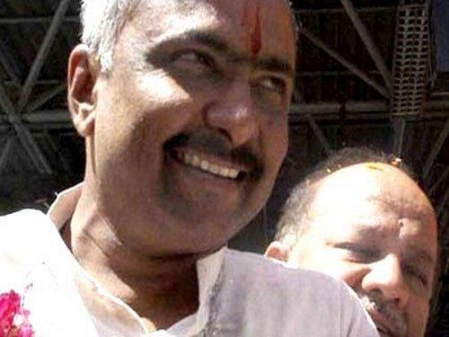 Modi's bete noire Sanjay Joshi attends Guj RSS conclave