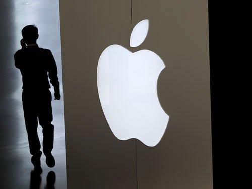 Court sues Apple