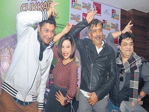 Prakash Jha bats for 'PK', its makers