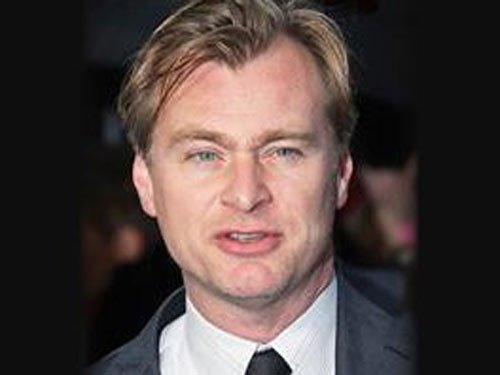 Christopher Nolan does not own cellphone