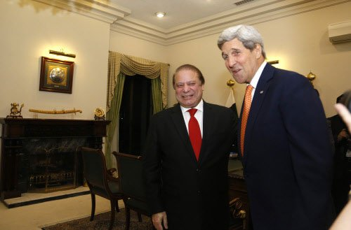 Kerry to Pak: Target all militant groups like LeT, Haqqanis