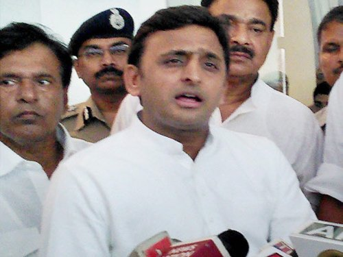 BJP questions Akhilesh on bodies found in Ganga, Betwa