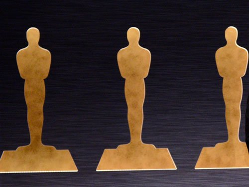 Twitter reacts to all-white Oscar, Dick Poop mistake