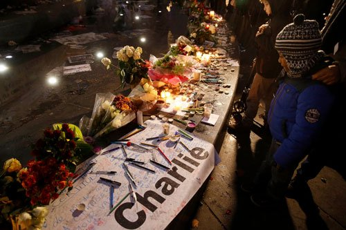 Almost half French oppose publishing Mohammed cartoons: poll